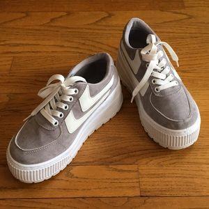 Grey platform sneakers